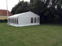 Komplet 6*21 m telt med gulv. Flotte telte.dk