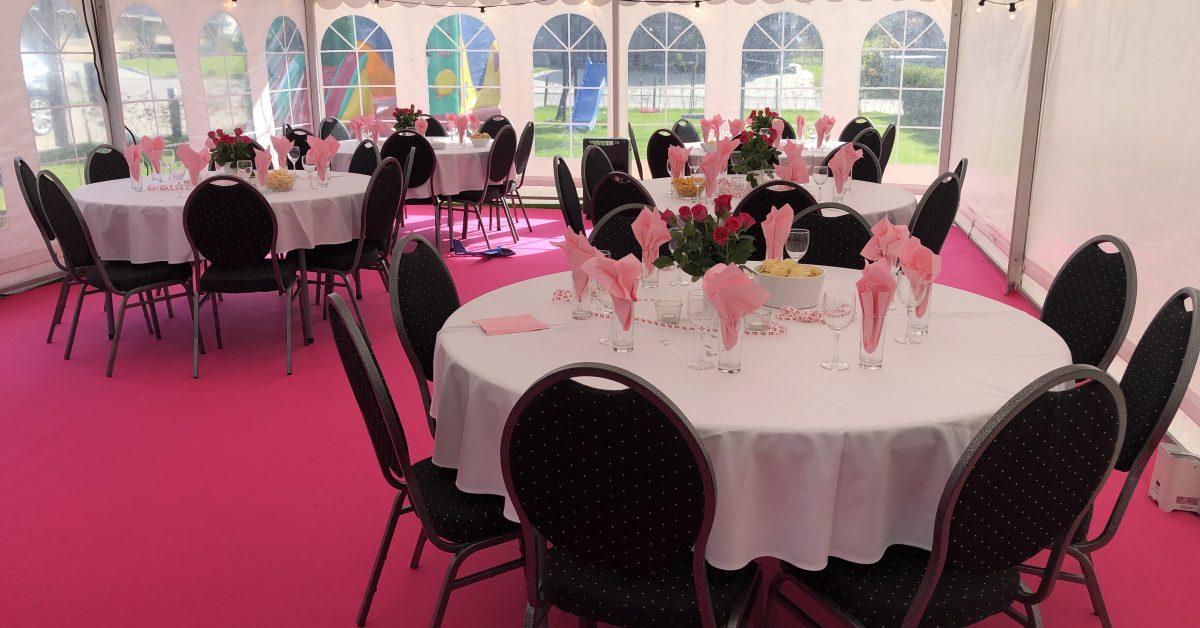 Pink party og gulvtæppe i udlejnings telt