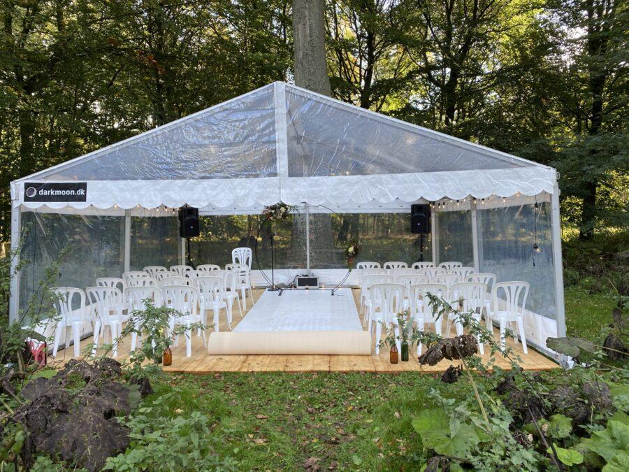 udendørs vielse i panorama telt